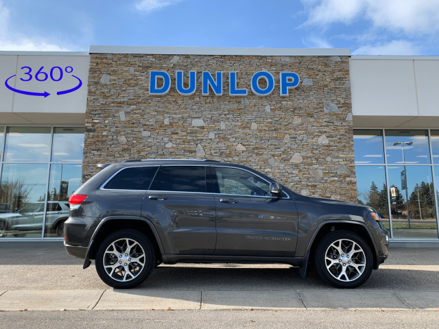 2018 Jeep Grand Cherokee <p>Sterling Edition 4WD w/3.6L V6 Engine</p>
