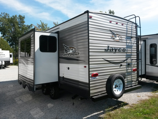 2017 Jayco JAY FLIGHT 24RBS -