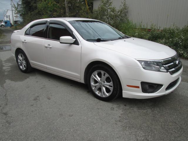 2012 ford fusion white