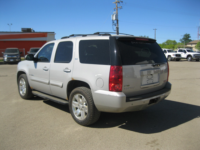 2007 GMC Yukon 4 DR.