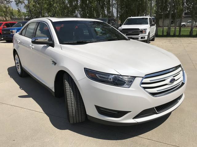 2017 Ford Taurus Limited