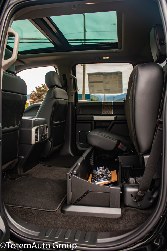 2018 Ford SuperDuty F-350 LARIAT