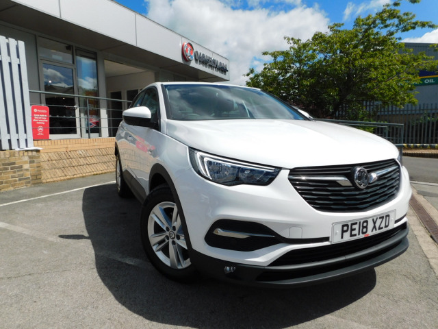 Used Vauxhall Grandland X 12t Se 5dr In Colne Perrys Colne Vauxhall