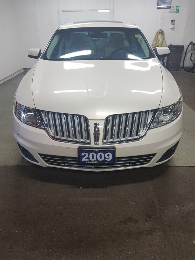 2009 Lincoln MKS Limited
