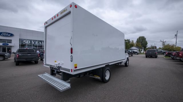 2018 Ford Econoline 450 Cutaway Base DRW