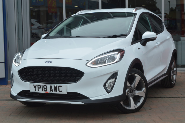 Ford Fiesta   Active X Dr