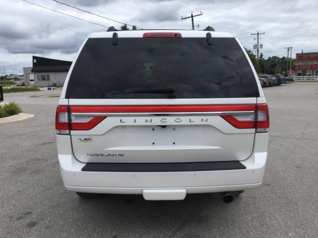 2017 Lincoln Navigator Select 4x4