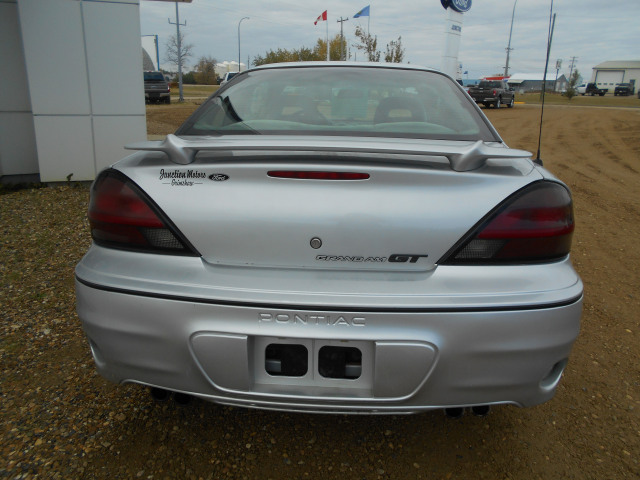 2004 Pontiac Grand Am Coupe GT
