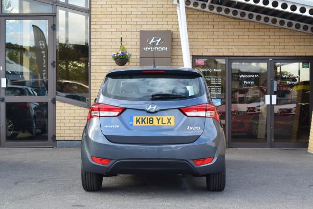 Used Hyundai Ix20 1 4 Blue Drive Se Nav 5dr In Luton Perrys Luton
